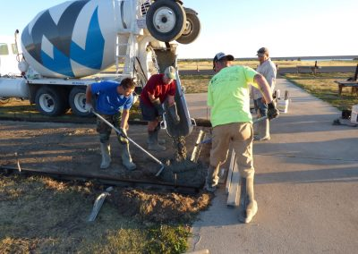 Pouring Taxiway 8-9-16 4